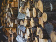 Brennholz stapeln