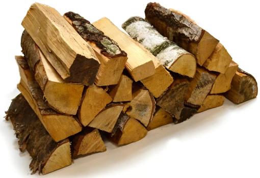 Ideal heruntergetrocknetes Brennholz - verhindert die Bildung von Feuchtigkeit im Schornstein