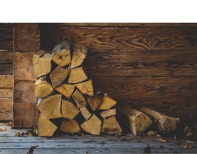 Natürliches Brennholz für Asche zum Streuen verwenden