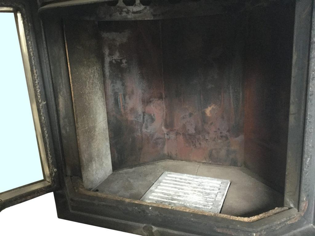 Viel Rußbildung im Brennraum - das können Sie als Ofenbetreiber dagegen tun!