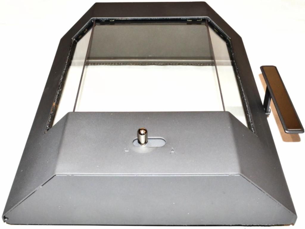 Eine verzogene Feuerraumtür kann auch zu Rauchgeruch im Wohnraum führen